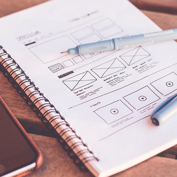 DIY WEB BUILDERS VS. PELLING DESIGN – WHY YOU SHOULD ALWAYS USE A DESIGN AGENCY